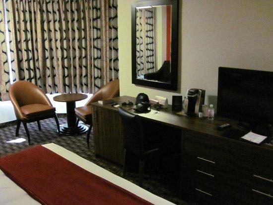 "The D Casino Hotel Las Vegas: ""D"" king corner room"