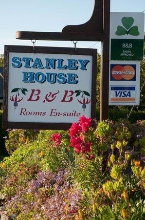 Stanley House Bed and Breakfast: Cartel de entrada