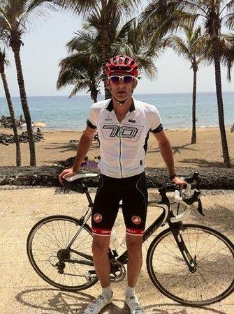Revolution Bikes : Great weather, great bike, great bike hire