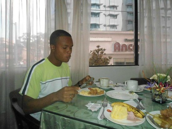 City House Soloy & Casino: me having breakfast