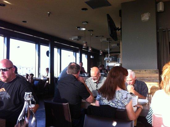 Pickled Fish Restaurant : Lively atmosphere