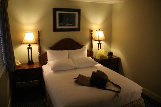Anacortes Ship Harbor Inn: The room