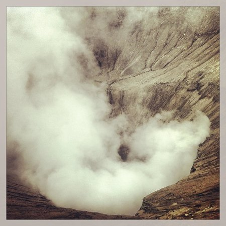 Indonesia: Bromo summit with some Instegramming