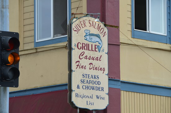 Silver Salmon Grille: Good food here
