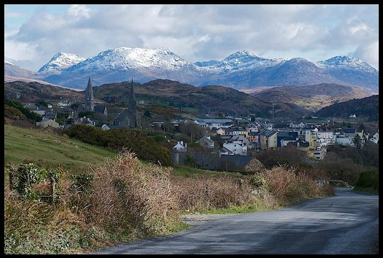 view of the mountains on our walk into Clifden from Dolphin Beach House