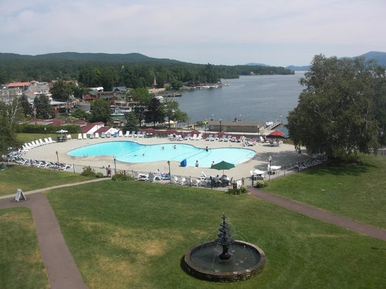 Veranda in back of hotel picture of fort william henry hotel and conference center lake for Hotels in fort william with swimming pool