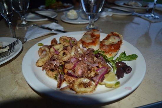 Joseph's by the Sea Restaurant : calmar