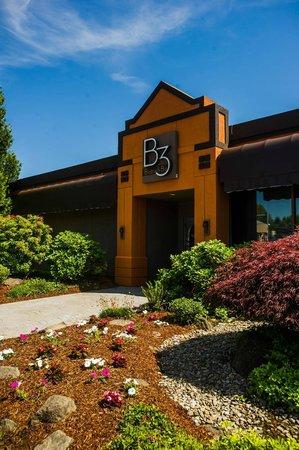Holiday Inn Portland South: Exterior Restaurant Entrance