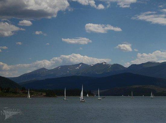 Dillon Reservoir: Sailboats on Lake Dillon