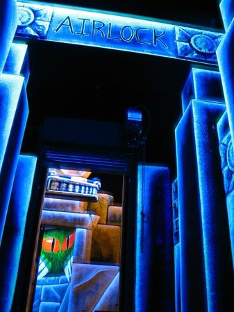Laser Quest : Get in the Game!
