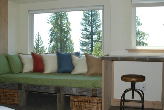 Tahoe Vistana Inn: Deluxe lake view