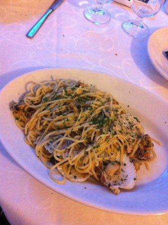 Ristorante Trocadero: spaghetti ai canestrelli