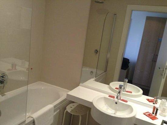 Doccia a vetri - Picture of Le Terrazze Hotel & Residence, Villorba ...