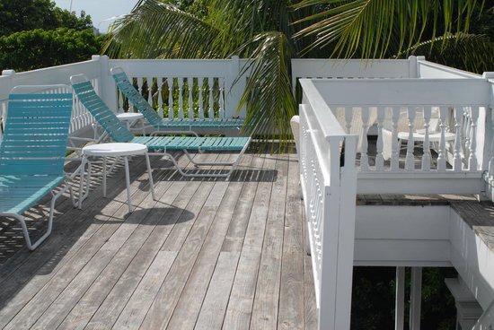 Island City House Hotel: Widowu0027s Walk Sunbathing Deck.