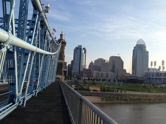 Hilton Cincinnati Netherland Plaza: Take a 10 minute walk down to and across the Ohio River