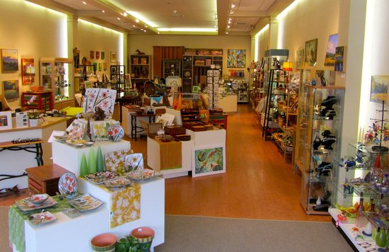 Concord, MA: Artisans Way Gallery
