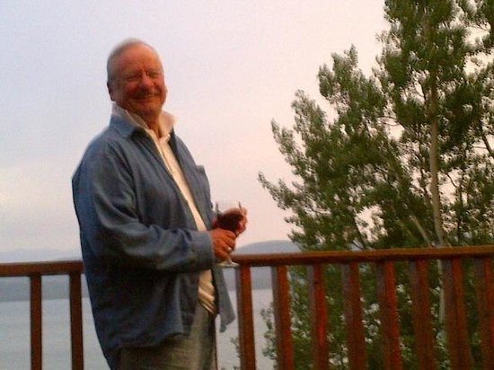 Inn On The Lake: Peter on the deck
