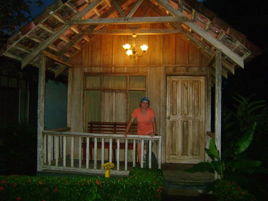 Las Cabanitas Resort: Outside cabin 114