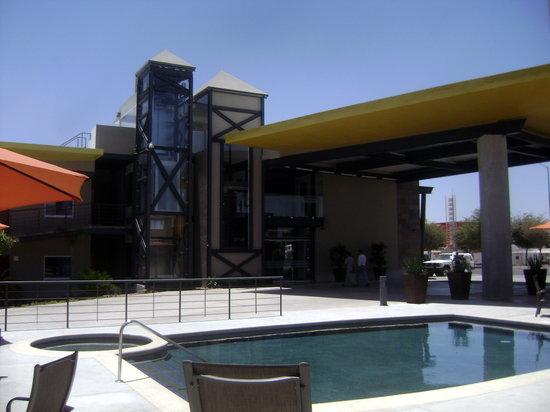 Booye Hotel : ELEVADOR