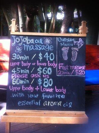 Green Island Resort: oiled