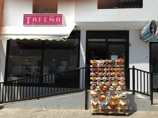Tienda Canaria TAFENA: Fachada tienda