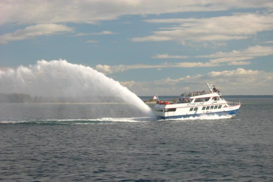 Star Line Mackinac Island Hydro-Jet Ferry: What a rooster tail!