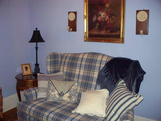 Alexander Homestead: Sitting area in room.