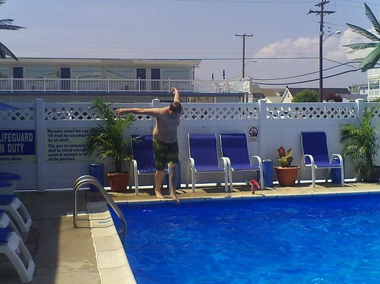 Surf Haven Motel: My nephew Eric at the pool