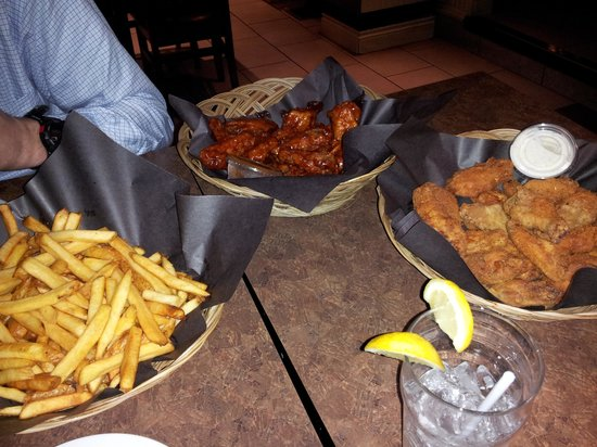 Slapshots: Wings and Fries