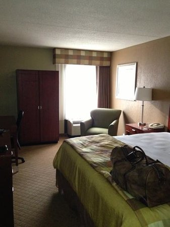 La Quinta Inn & Suites Canton: Main King Room