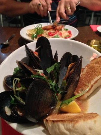 La Cucina Di Vino: mussels are fantastic!