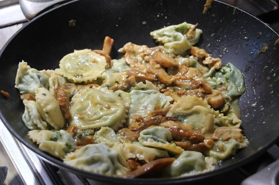 The Spice Lab: awesome ravioli with mushroom sauce