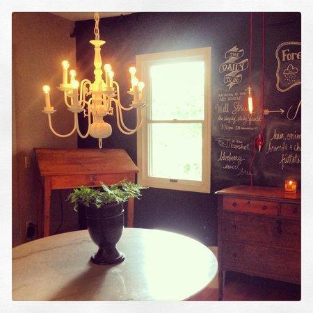 Salt House Inn: Breakfast Area/Check in Area