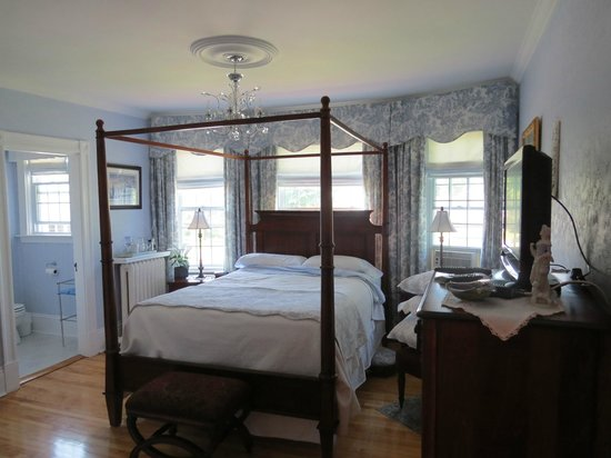 Colby House Bed & Breakfast : One of the other rooms