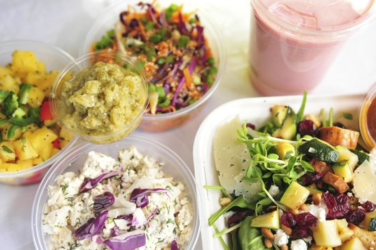 The Green: Salads and Smoothies