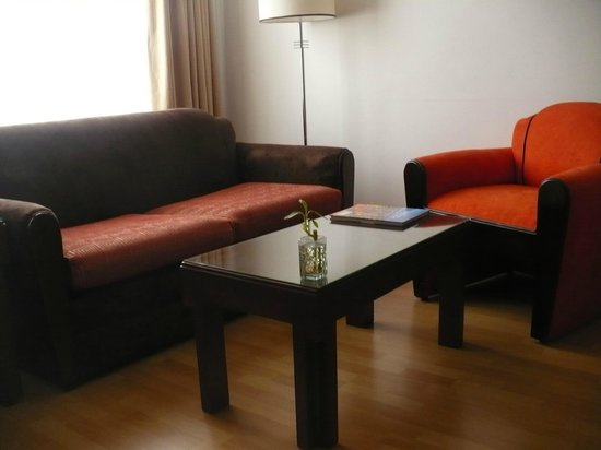 Lancaster House: living room area