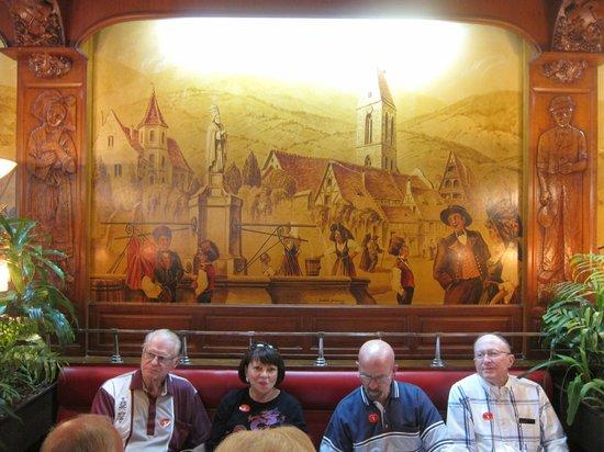 Chez Jenny : Classic Europe murals