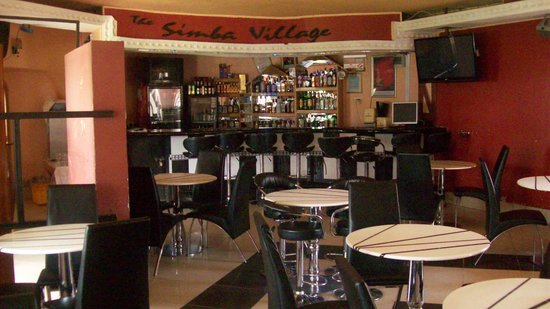 Eldoret, Κένυα: relax inn simba village-bar and lounge