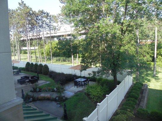 Courtyard Wausau : Courtyard from room