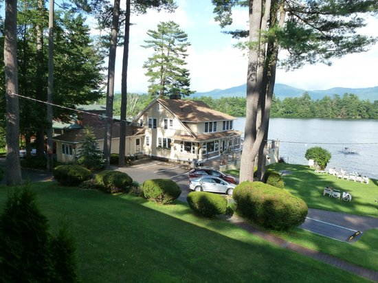 Chelka Lodge on Lake George: Another view from our room.