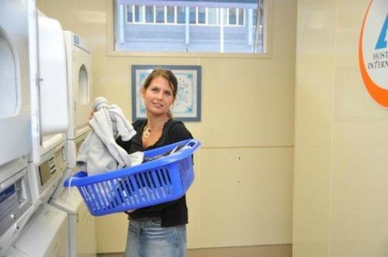 YHA Auckland International : Laundry facilities