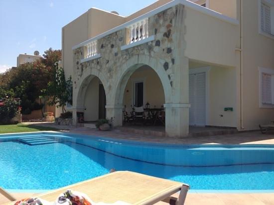 Ilios Village