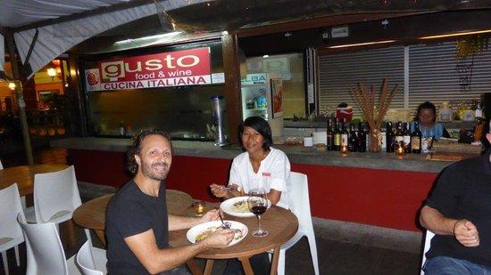 Gusto Food & Wine: Cristiano e sua moglie/Cristiano and his wife