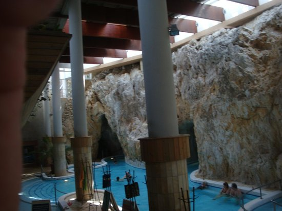 Cave Bath of Miskolctapolca: view from the change rooms