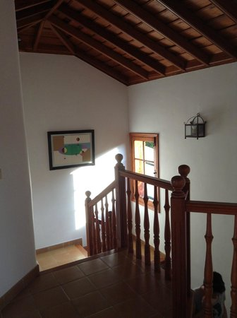 Villas Los Pajeros: De hal boven: overal rustiek hout!