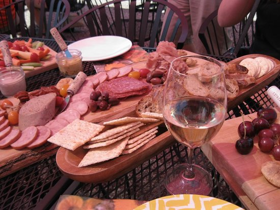 Experience Wine Tours : Picnic
