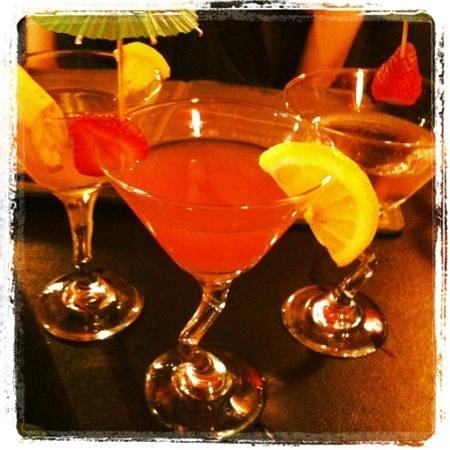 Catmint teahouse&martini bar: Birthday martinis