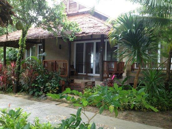 Centara Chaan Talay Resort & Villas Trat: beach-side villa