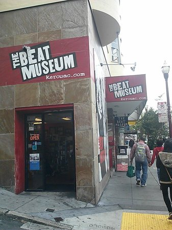 The Beat Museum: entrance