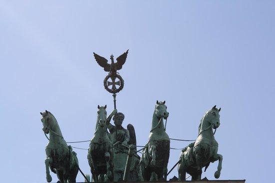 Ibis Berlin City West: Particolare della porta di Brandeburgo